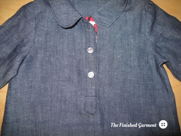 Contrast fabric on the inner front placket.