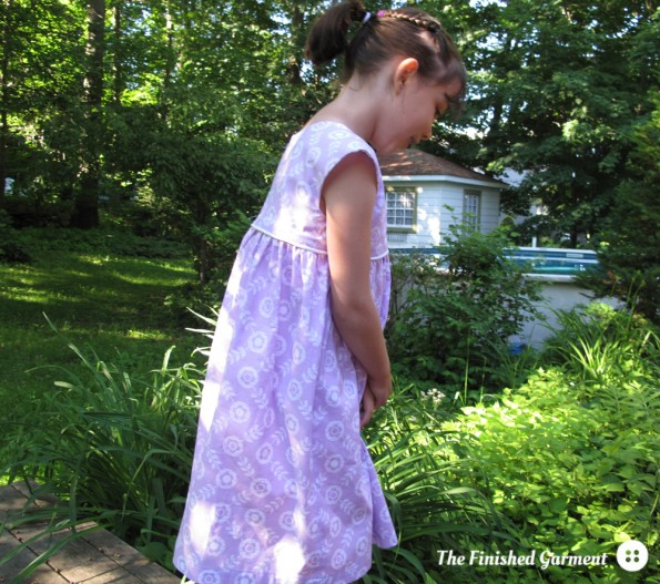 Geranium Dress sewing pattern from Made by Rae, as sewn by The Finished Garment.